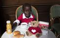 Le Café de la Paix soutient l'association Mécénat Chirurgie Cardiaque à Paris