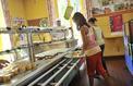 Gaspillage alimentaire: cantines et restaurants tentent de réduire le gâchis en cuisine