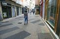 Commerce: la désaffection des centres-villes se poursuit