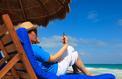 Plus d'un tiers des salariés vont rester connectés pendant leurs vacances