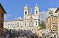 À Rome, les touristes ont désormais interdiction de s'asseoir sur l'escalier de la Trinité des Monts