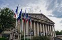 Usés par les attaques, les parlementaires LREM renforcent leur sécurité