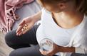 Les femmes enceintes prennent encore trop de médicaments