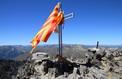Pyrénées-Orientales: les croix profanées sur les sommets ne seront pas remplacées
