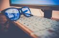 Facebook dévoile un projet de lunettes connectées avec le fabricant des Ray-Ban