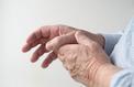 Douleur au pouce: et si c'était de l'arthrose?