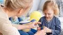 Avec Pajemploi+, les parents n'ont plus à avancer le complément de garde d'enfants