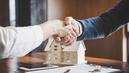 Les prix des logements flambent malgré la crise