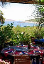 Tout à la fois restaurant et galerie d'art, le Palmizana de l'île Saint-Clément.