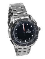 La montre Omega Speedmaster Skywalker X-33.