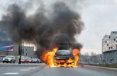 Gilets jaunes : les propriétaires de voitures brûlées ne sont pas tous indemnisés