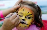 Le maquillage est à éviter pour les enfants