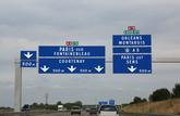 Rouler sur la voie du milieu ou de gauche d'une autoroute est puni de 35 € d'amende