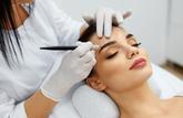 Pas de diplôme requis pour faire du maquillage semi-permanent