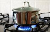 Le médiateur veut interdire le démarchage à domicile pour la fourniture d'électricité et de gaz