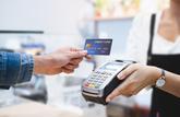 Le plafond du paiement sans contact par carte bancaire est relevé à 50 €