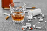 Alcool, antidépresseurs, tabac, jeux... Le confinement favorise les addictions