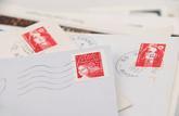 Les timbres libellés en francs peuvent toujours être utilisés
