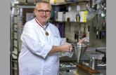 Les conseils d'un Meilleur Ouvrier de France : le montage d'un pâté-croûte