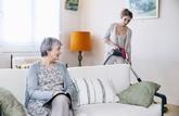 Une loi décodée : les dons ou legs à un salarié à domicile sont autorisés
