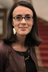 Céline Verdriere, responsable du service recrutement France et concours de l'Iéseg.