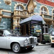 Visiter Londres à bord d'une voiture de collection