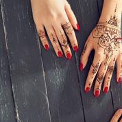 Tatouages au henné noir: attention danger