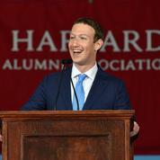 13 ans plus tard, Mark Zuckerberg est diplômé de Harvard