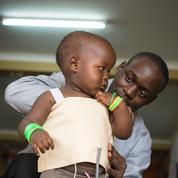 Une veste intelligente contre la pneumonie infantile