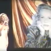 Quand Jeanne Moreau chantait avec Vanessa Paradis à Cannes