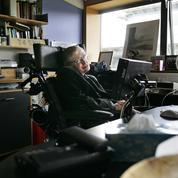 Stephen Hawking, un «élève moyen» qui n'a appris à lire qu'à huit ans