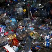 La France peut-elle recycler 100% de ses plastiques, comme le demande Macron?