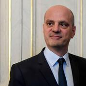 Téléphone portable au lycée : Jean-Michel Blanquer « encourage l'interdiction»