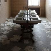Mésaventures dans les toilettes scolaires: les témoignages surréalistes des élèves