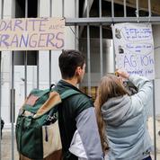 Plus de 450 étudiants de l'université Panthéon-Sorbonne s'opposent au blocage de Tolbiac