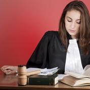 Un double diplôme pour devenir avocat d'affaires