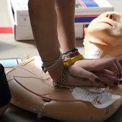 Les collégiens et lycéens britanniques vont apprendre à «sauver des vies»