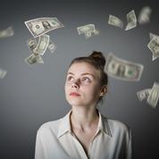 Les étudiantes espèrent une bonne ambiance au travail quand les garçons veulent de l'argent