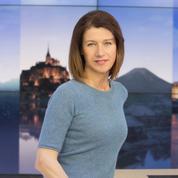 Carole Gaessler fête les 30 ans de la pyramide du Louvre