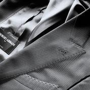 Faites tailler votre costume sur mesure chez Giorgio Armani
