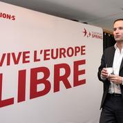 Européennes: Benoît Hamon présente sa liste