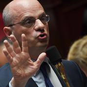 Fragilisé, Jean-Michel Blanquer tente de déminer la protestation