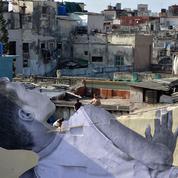 Après le Louvre, le collage géant de JR pour la Biennale de La Havane
