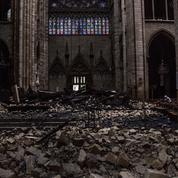 Pour reconstruire Notre-Dame, le gouvernement veut former plus de tailleurs de pierre