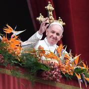 «Urbi et orbi»: la bénédiction papale endeuillée par les attentats