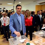 Législatives en Espagne: Sanchez donné gagnant, l'extrême droite en embuscade