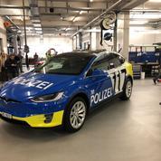 La police de Bâle s'équipe en Tesla