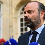 Pitié-Salpêtrière: Philippe condamne l'intrusion, Mélenchon crie au mensonge