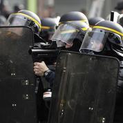 1er Mai: pavé lancé, gifle, matraque dans le pantalon... La «police des polices» saisie