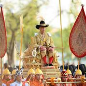 Thaïlande: grande parade et canicule pour le couronnement du roi